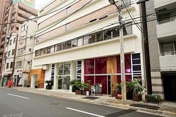 レストラン・カフェやスイーツショップを展開する飲食企業の事務アシスタント