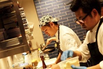 カルチャーの発信地渋谷でラグジュアリーなヨーロッパレストラン☆キッチンスタッフ